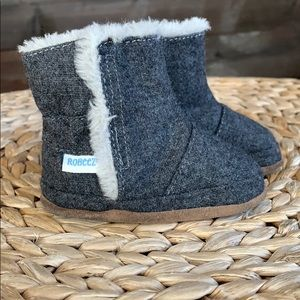 Robeez Booties Lined Faux Fur